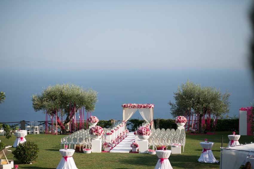 Outdoor ceremony on the Amalfi Coast