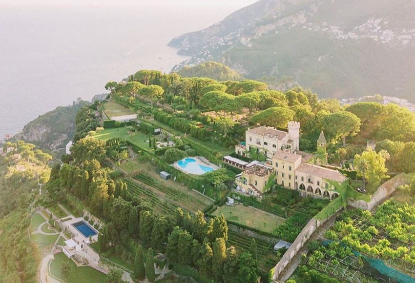 Villa Cimbrone, Ravello Top Indian wedding planner for Weddings in Tuscany, Venice, Florence, Como, Rome. Thinking of a Italy wedding? Call/WA +919910325805 | +919899744727 now!