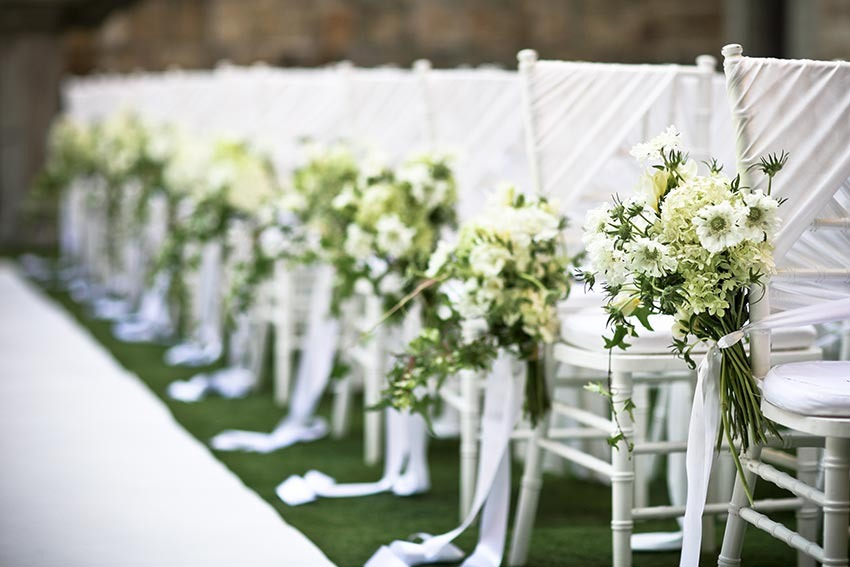 Decor for jewish wedding ceremony in Tuscany