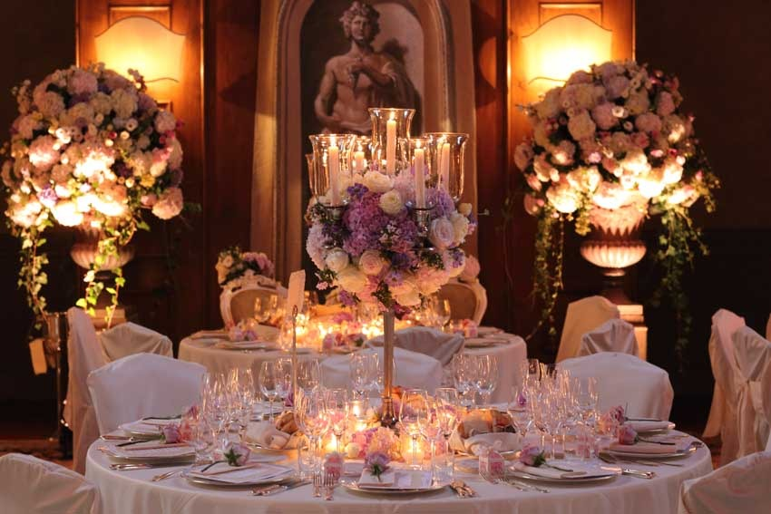Decor for wedding reception in a Tuscan villa