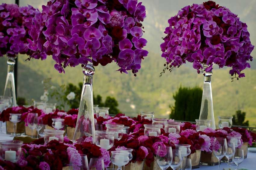 Decor for outdoor wedding reception