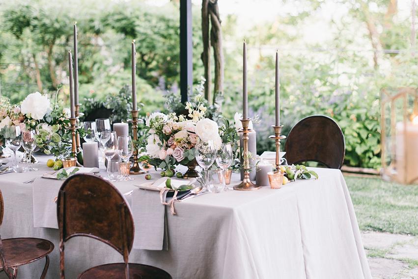 Outdoor wedding reception, Villa Monteverdii