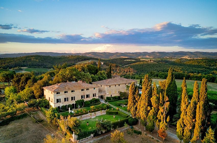Borgo Stomennano, Siena Top Indian wedding planner for Weddings in Tuscany, Venice, Florence, Como, Rome. Thinking of a Italy wedding? Call/WA +919910325805 | +919899744727 now!