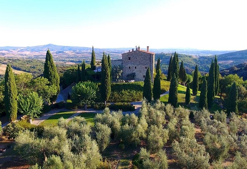 Castello di Vicarello, Tuscany Top Indian wedding planner for Weddings in Tuscany, Venice, Florence, Como, Rome. Thinking of a Italy wedding? Call/WA +919910325805 | +919899744727 now!