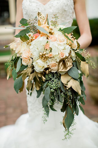 Wedding bouquet with golden details