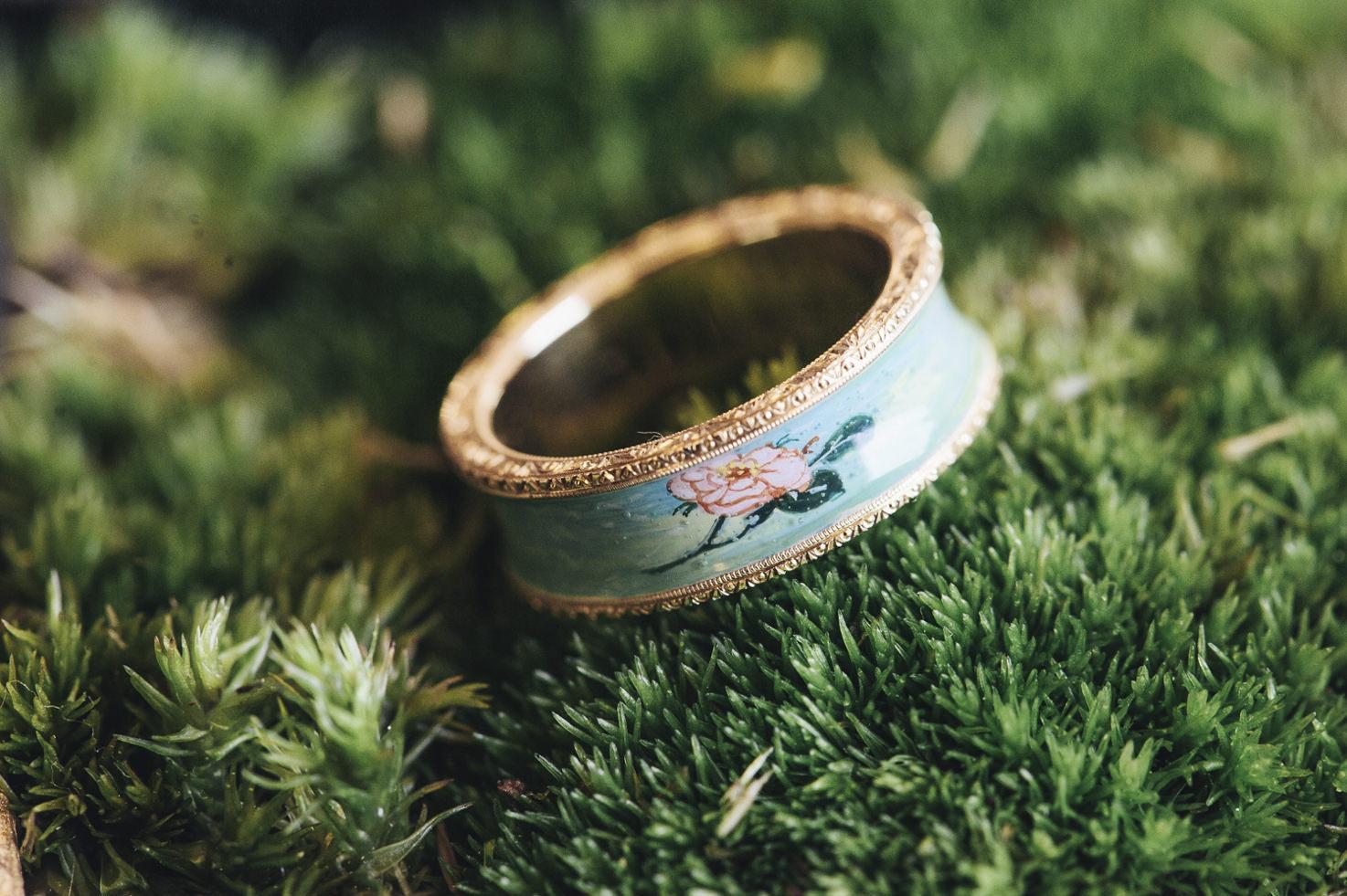 Renaissance inspired wedding ring