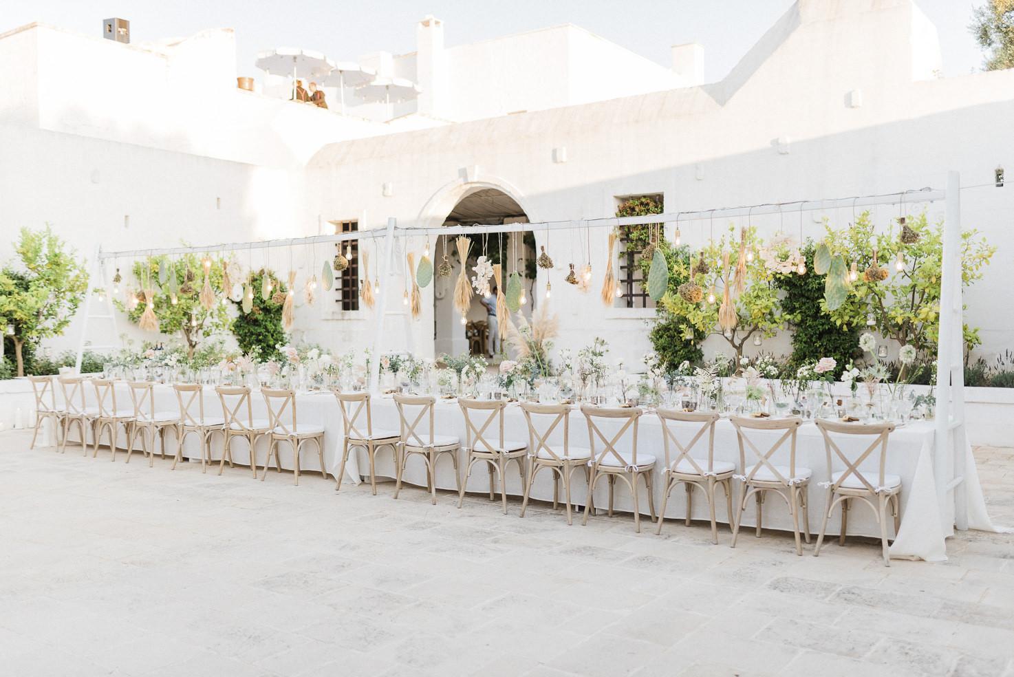 Boho chic wedding reception in Puglia