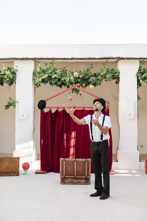 Circus artist for Italian wedding party