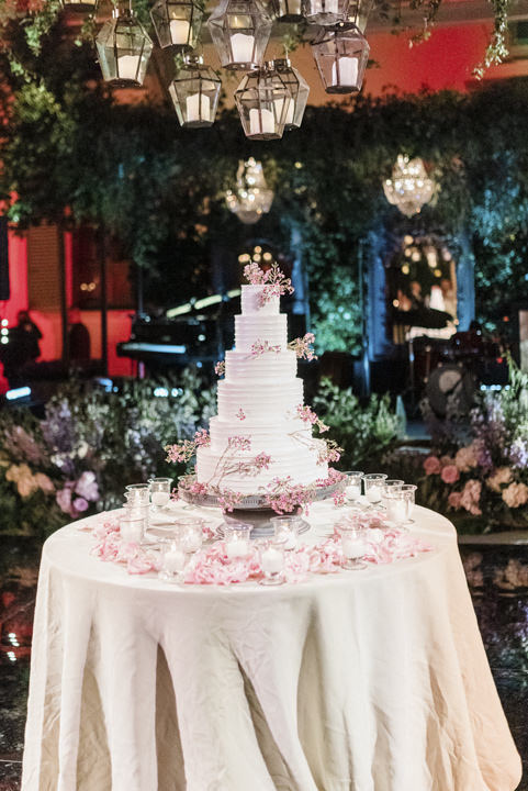 Wedding cake for reception in Italy