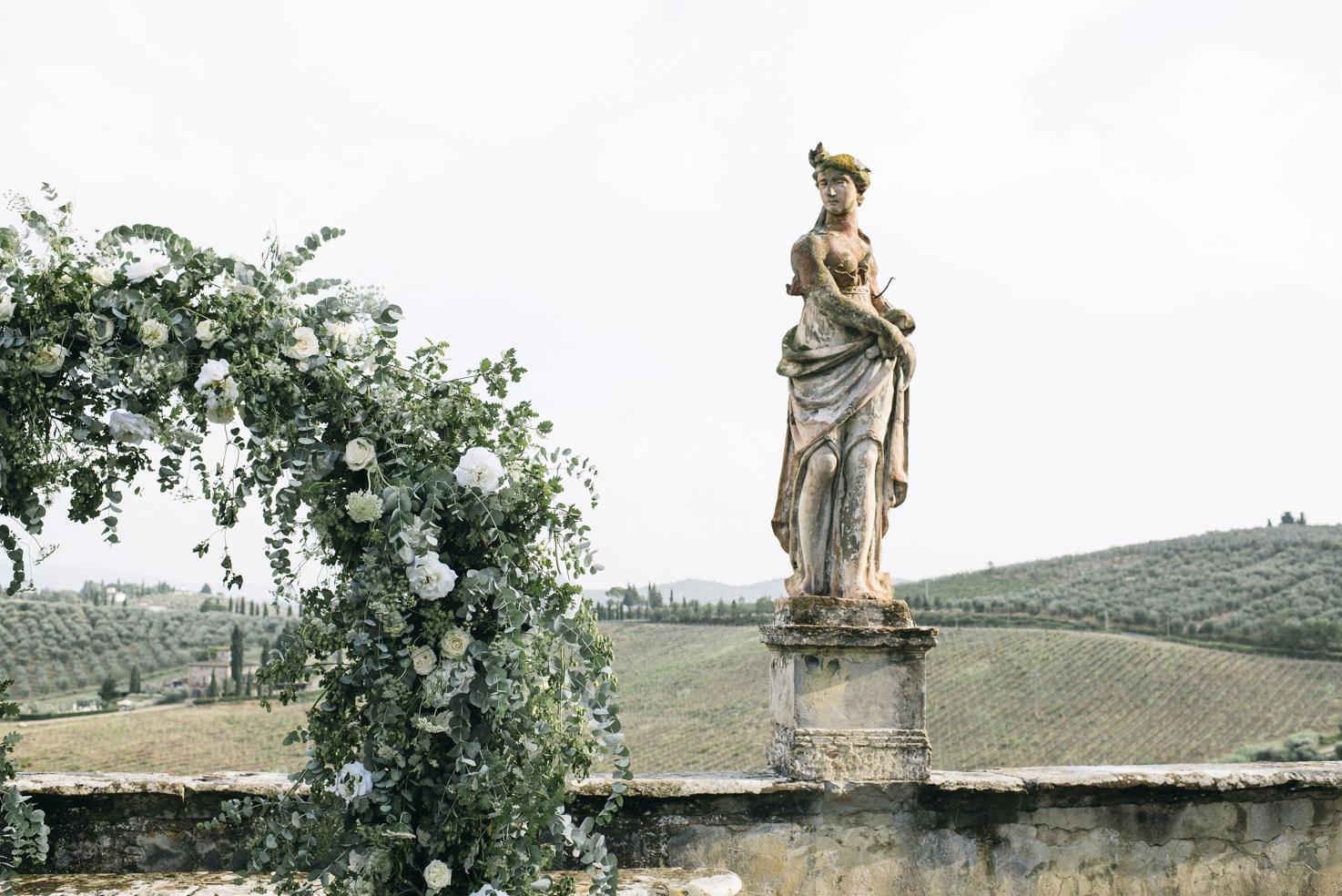 Flower arch for Italian wedding