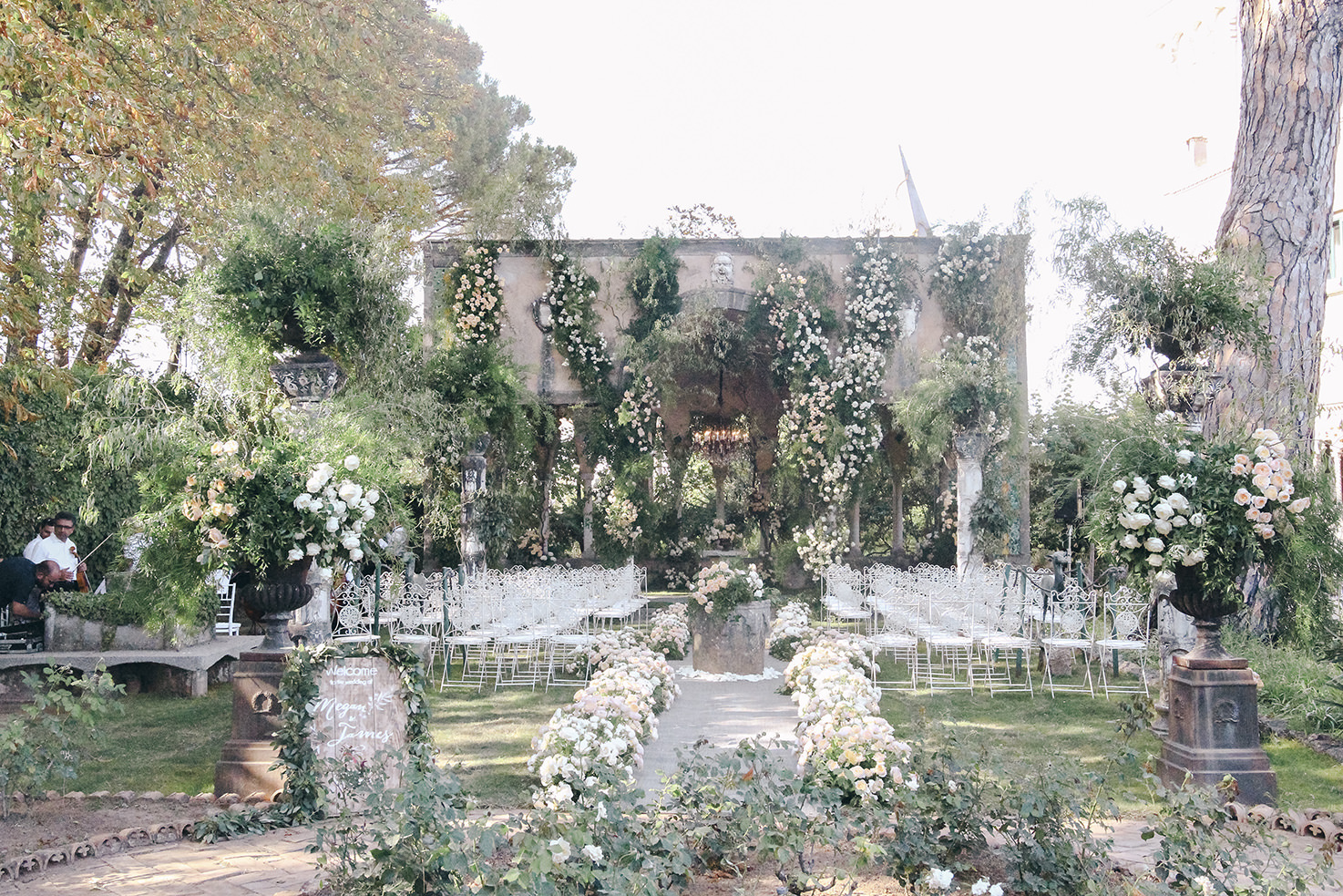 Flower decorations for wedding ceremony in Ravello