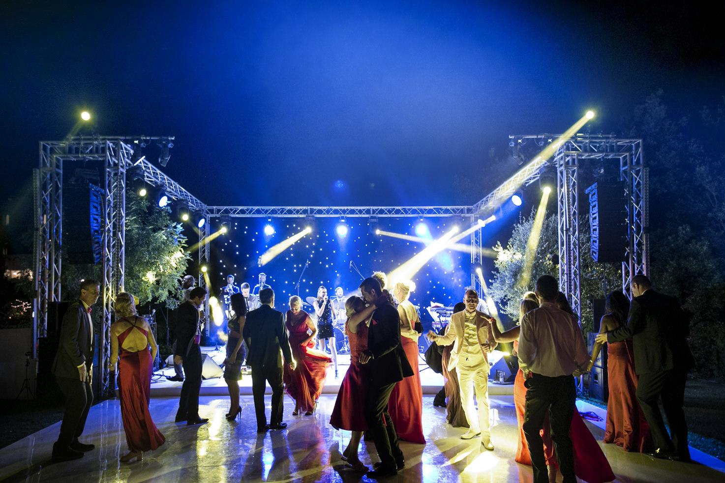 Dance floor for wedding in Italy