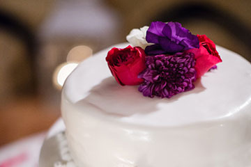 Italian wedding cake & favors