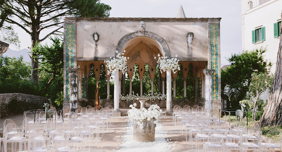 Ceremonies for <i>weddings in Italy</i>