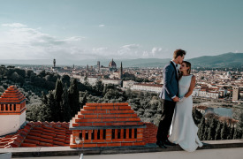 <p>Colton and Nikki, Symbolic Blessing in Florence</p>
