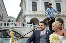 <p>Darren and Catherine, civil wedding in Venice</p>