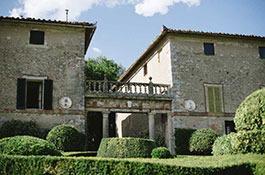 Borgo Stomennano for weddings in Tuscany