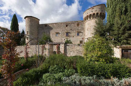 Castle weddings in Tuscany at Castello di Meleto