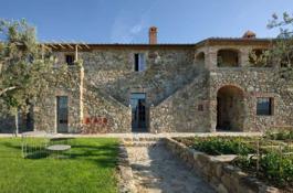 Private Val D'Orcia Villa