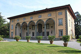 Villa Oliva for exclusive destination weddings in Tuscany