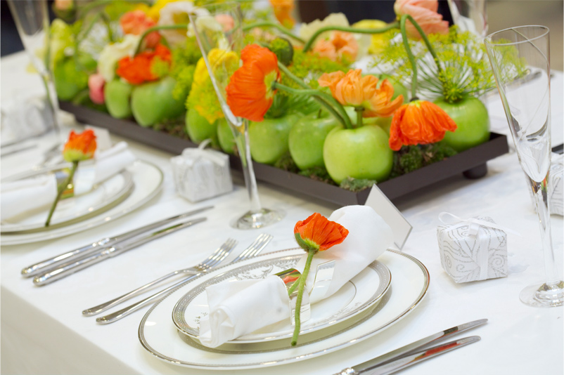 Eco friendly weddings in italy natural style italian for Apple fruit decoration