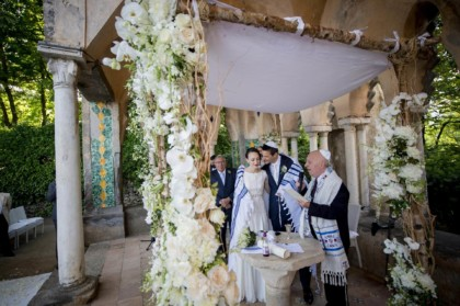 Jewish Wedding in the gardens of Villa Cimbrone