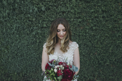 Portrait of the bride in the Tuscan countryside