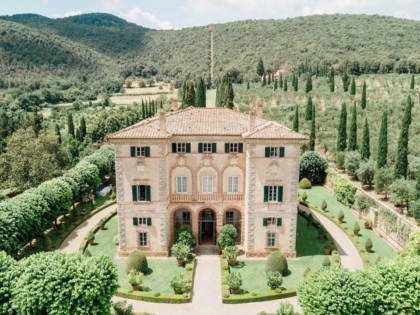 Aerial view of Villa Cetinale in Tuscany